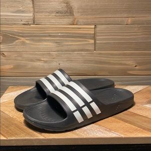 Adidas sandals, only worn a few times, size 11